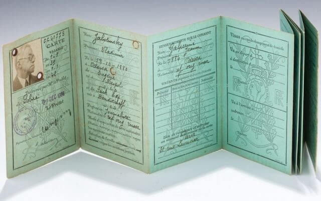 Jabotinsky's ID card auctioned in NY for $20,000