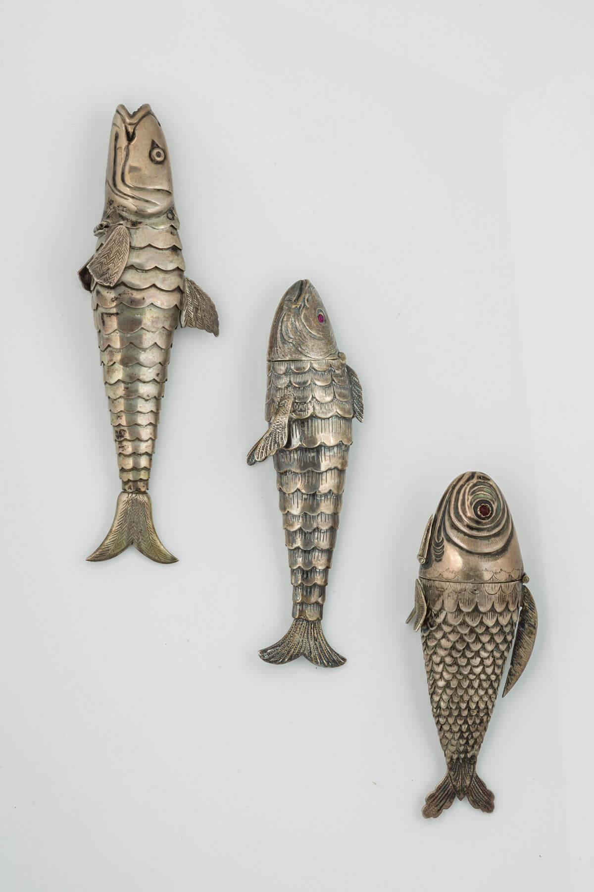 028. Three Fish-Shaped Spice Containers