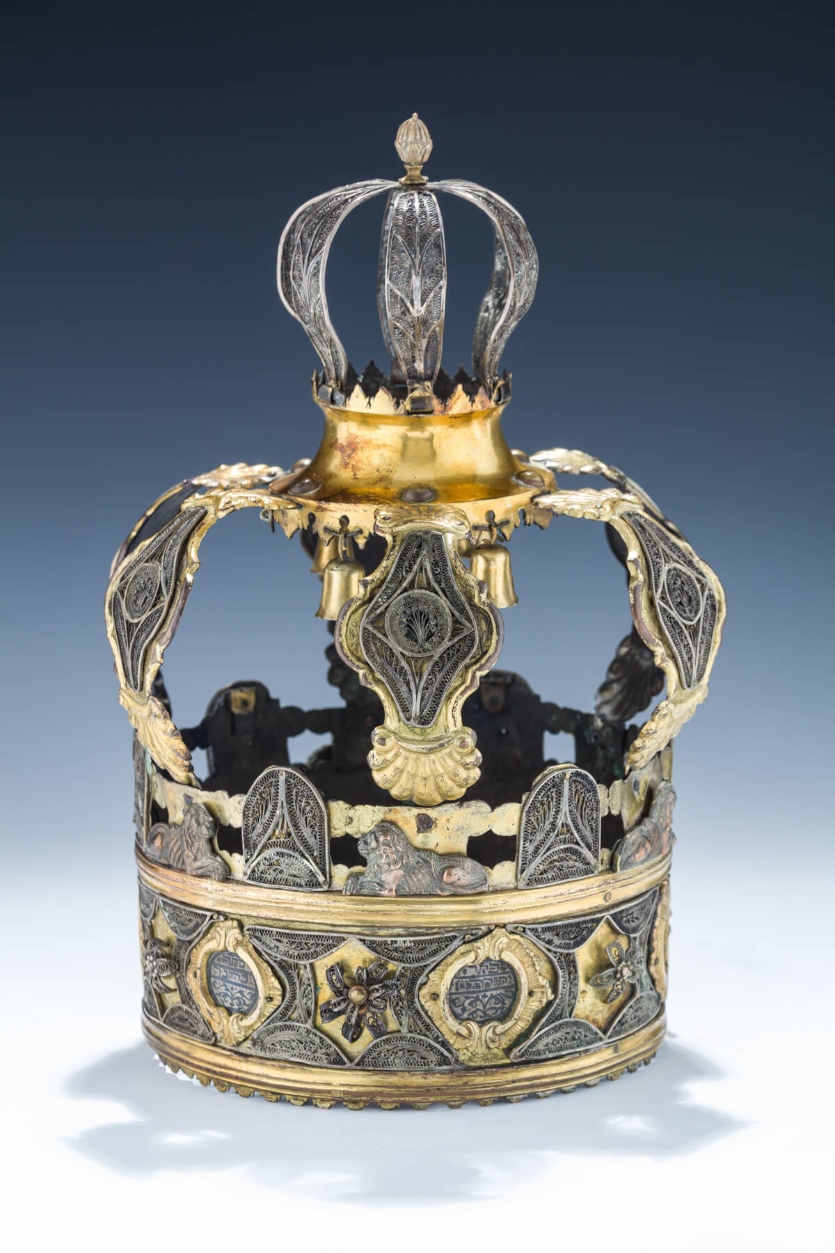 127. A Rare And Early Parcel Gilt And Niello Silver Torah Crown
