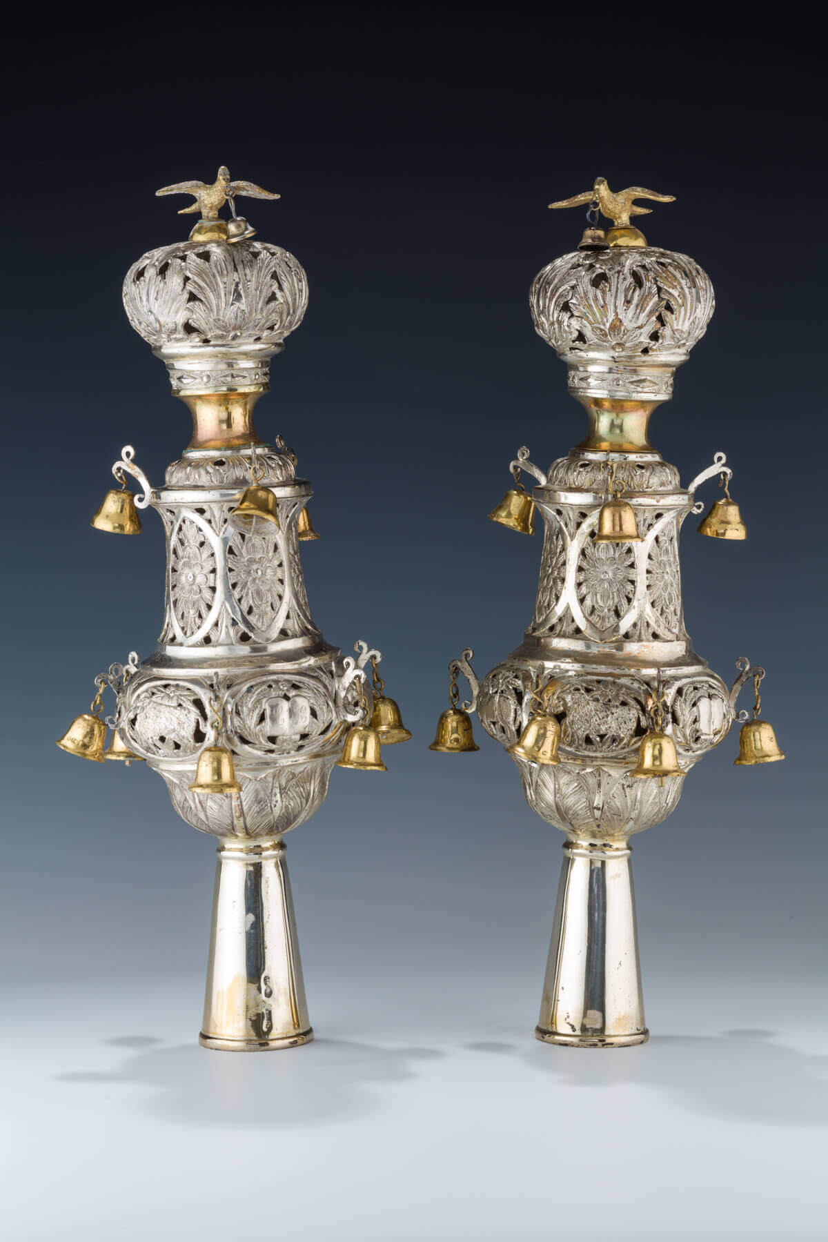070. A PAIR OF SILVER TORAH FINIALS