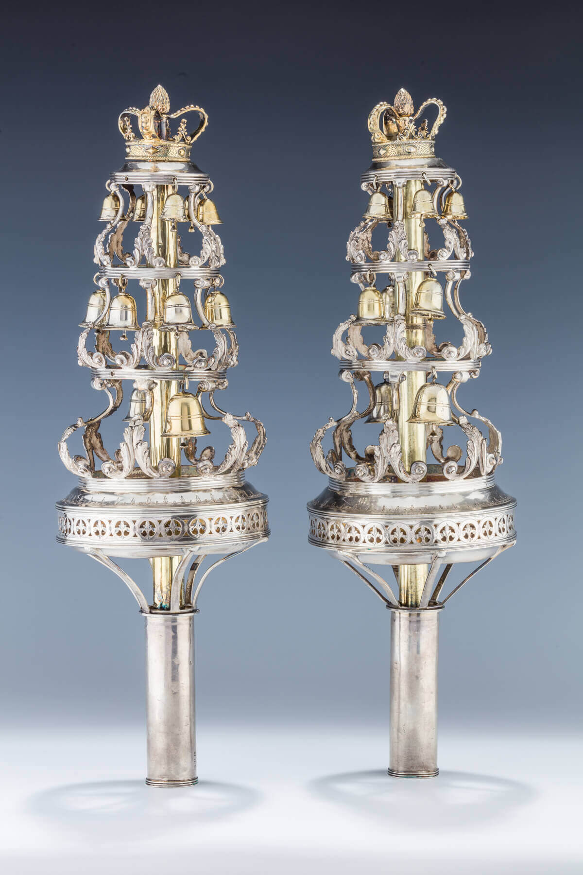 109. A PAIR OF STERLING SILVER TORAH FINIALS BY PETER AND WILLIAM BATEMAN