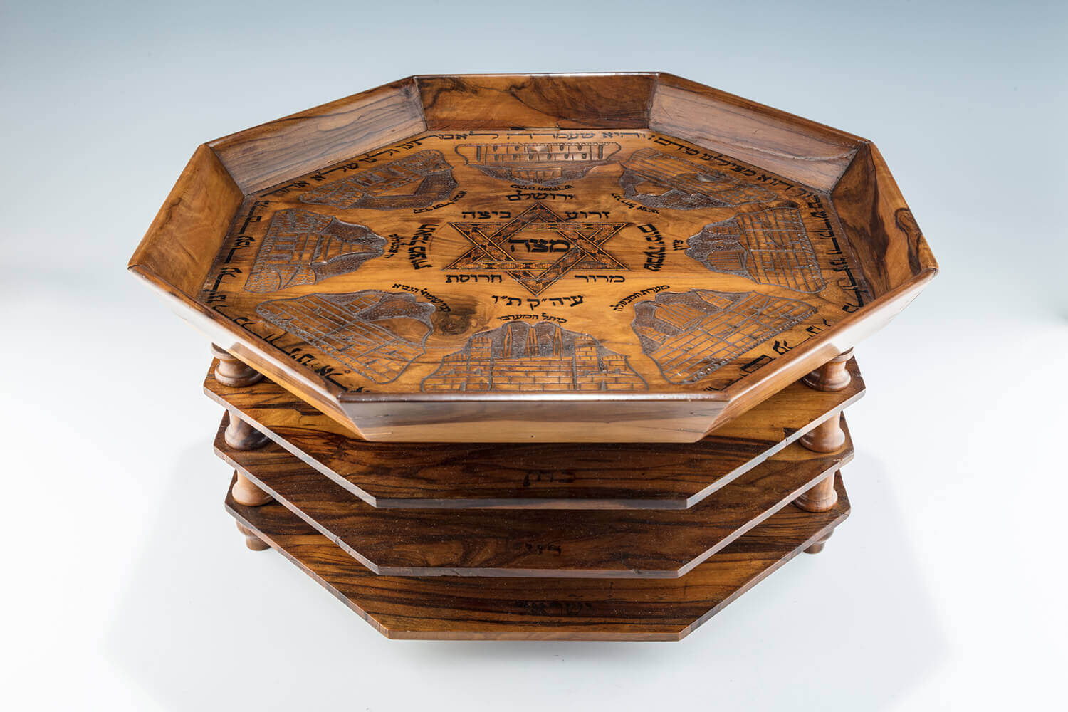071. A RARE AND IMPORTANT OLIVEWOOD THREE TIER PASSOVER COMPENDIUM